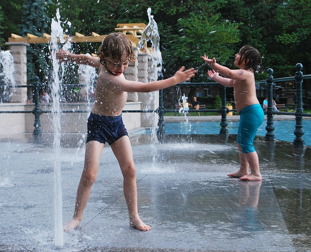 Do you have those free water playgrounds the councils are installing near you? If not, get onto your local council. Photo courtesy of Pixabay.