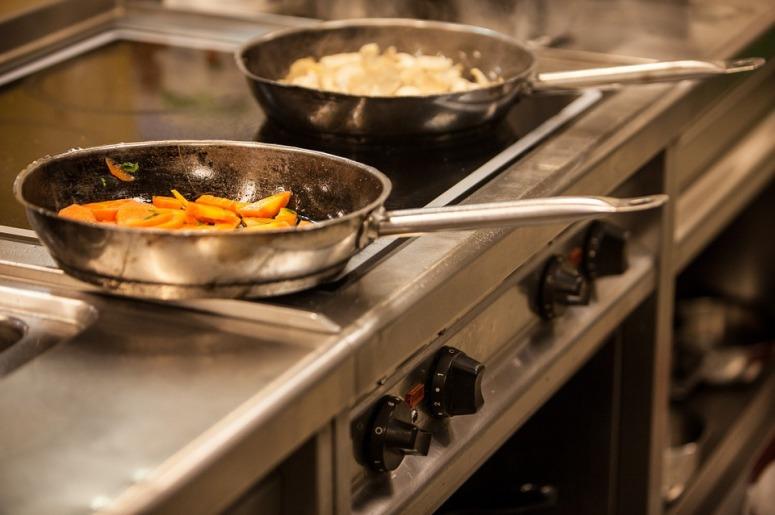 metal-hande-frying-pan-no-heat-not-hot